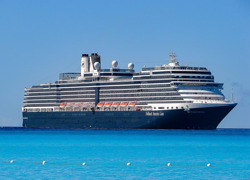 Barco de cruceros Holland America Line imágenes de archivo libres de regalías