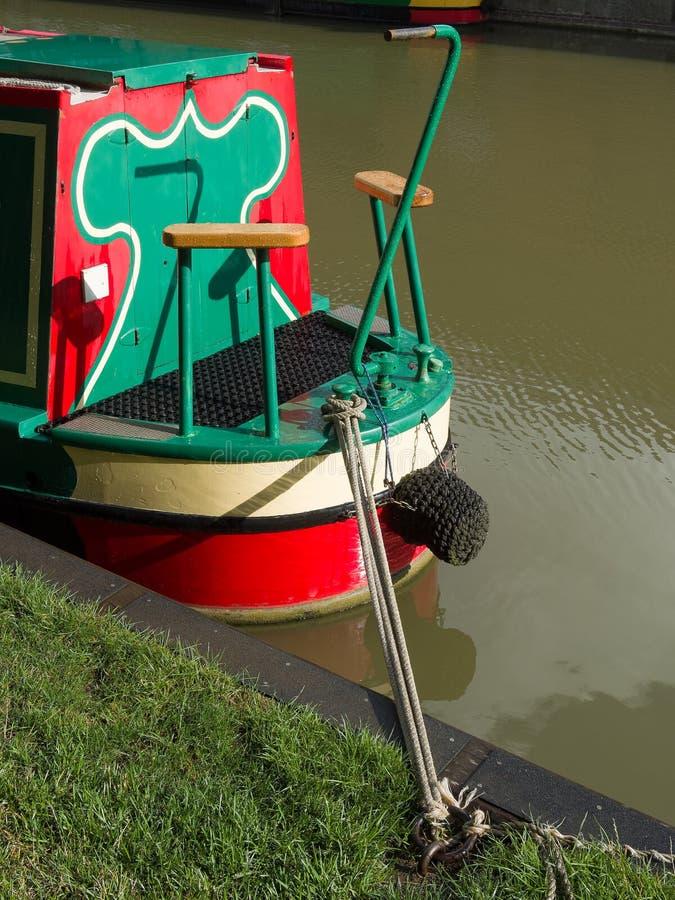 Barco de la casa de vacaciones del canal fotos de archivo