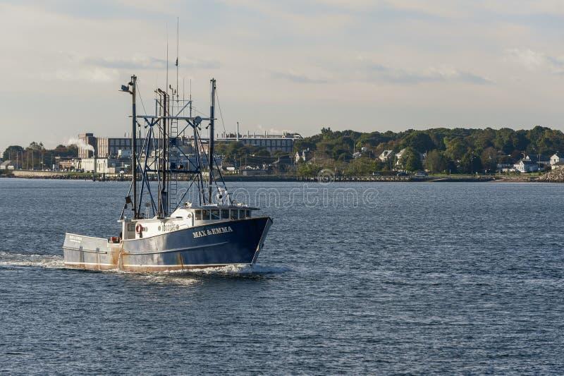 Barco de la pesca profesional máximo y Emma fotografía de archivo libre de regalías