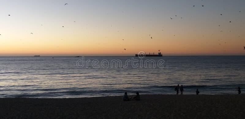 Barco de la playa foto de archivo