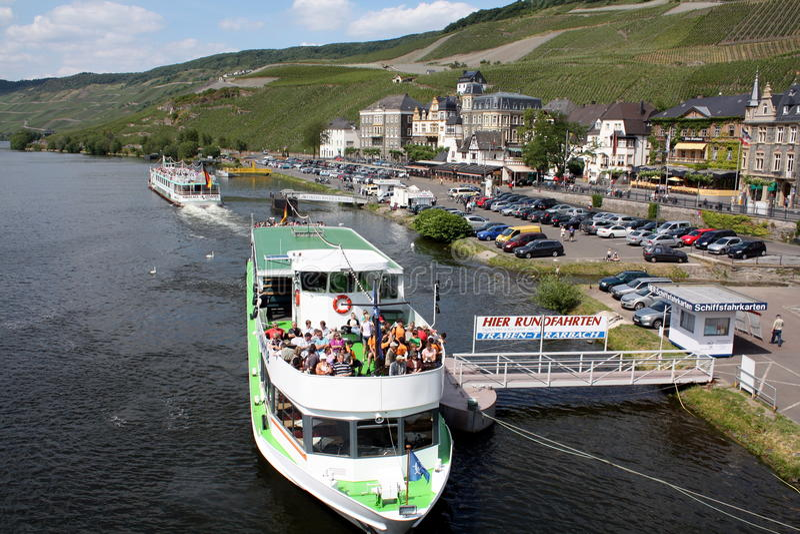 Barco de la travesía imagen de archivo