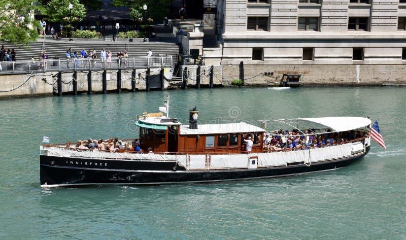 Barco de la travesía del río Chicago foto de archivo