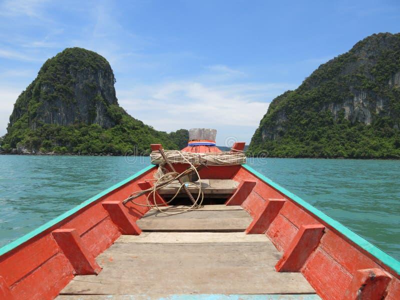 Barco de Longtail en Khanom, Tailandia foto de archivo libre de regalías