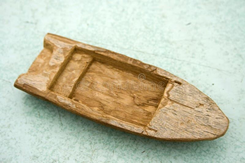 Barco de madeira velho do brinquedo foto de stock