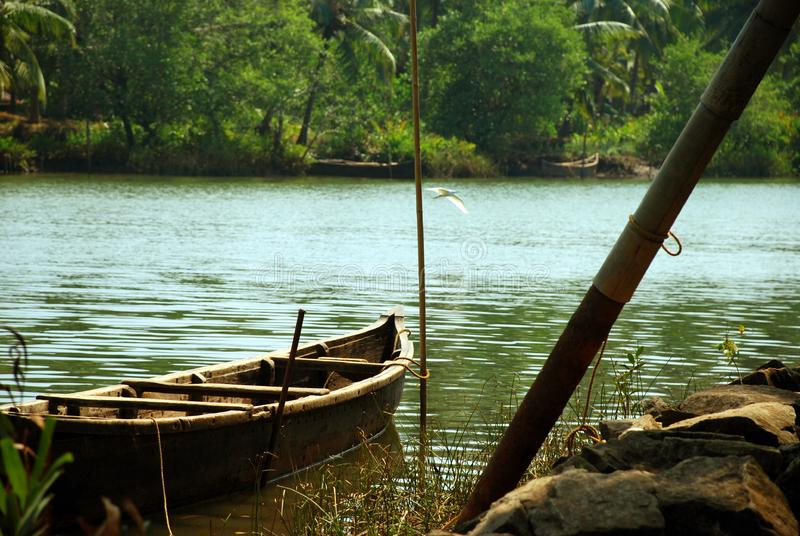 Barco de madera imagen de archivo