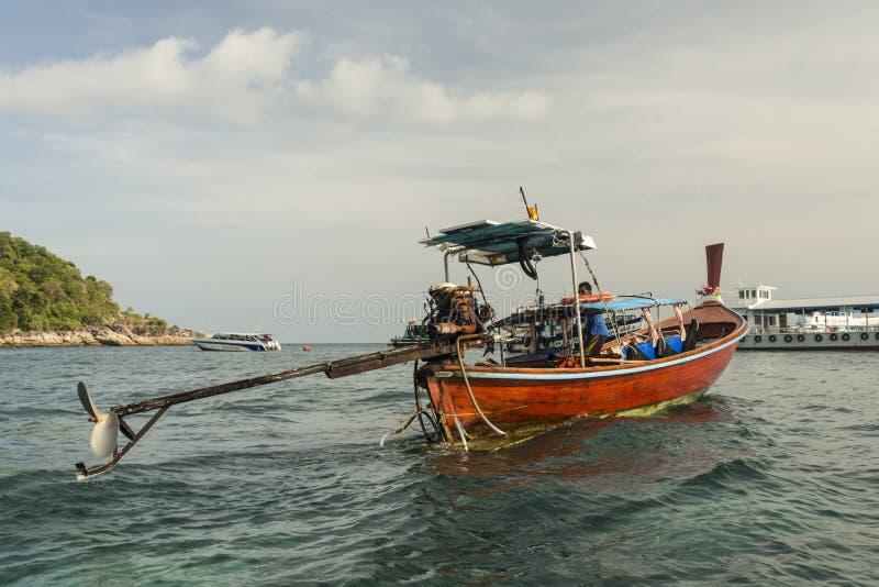 Barco de madera tradicional fotos de archivo libres de regalías