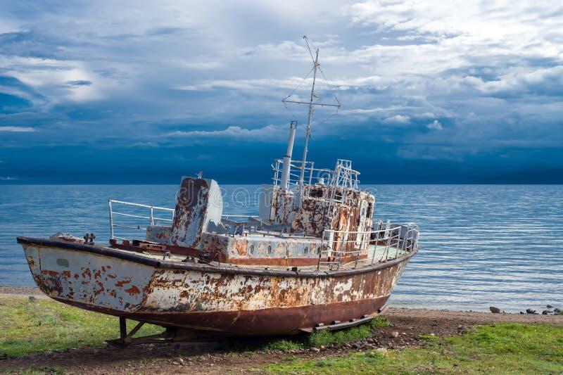 Barco de motor velho fotos de stock royalty free
