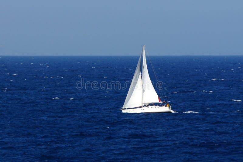 Barco de navegación imagen de archivo