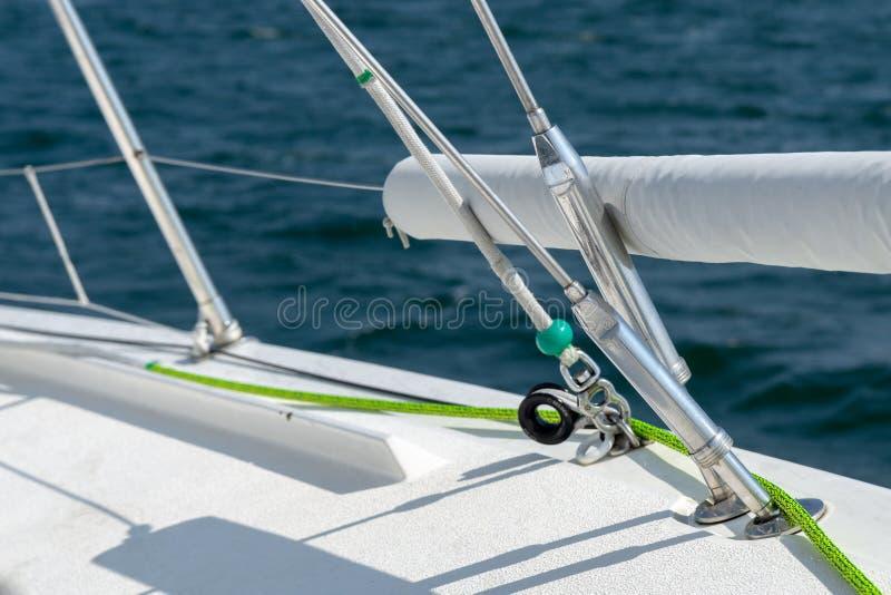 Barco de navegaci?n en el mar B?ltico fotografía de archivo libre de regalías