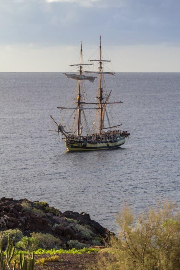 Barco de navigação de madeira clássico velho imagens de stock royalty free
