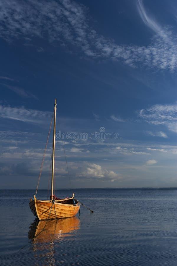 Barco de navigação de madeira clássico fotos de stock royalty free