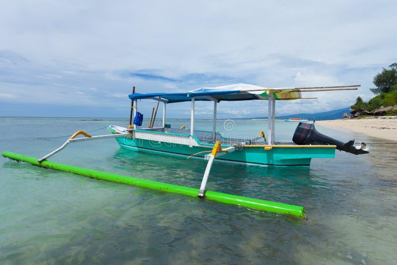 Download Barco de pesca imagem de stock. Imagem de idyllic, paradise - 29831677
