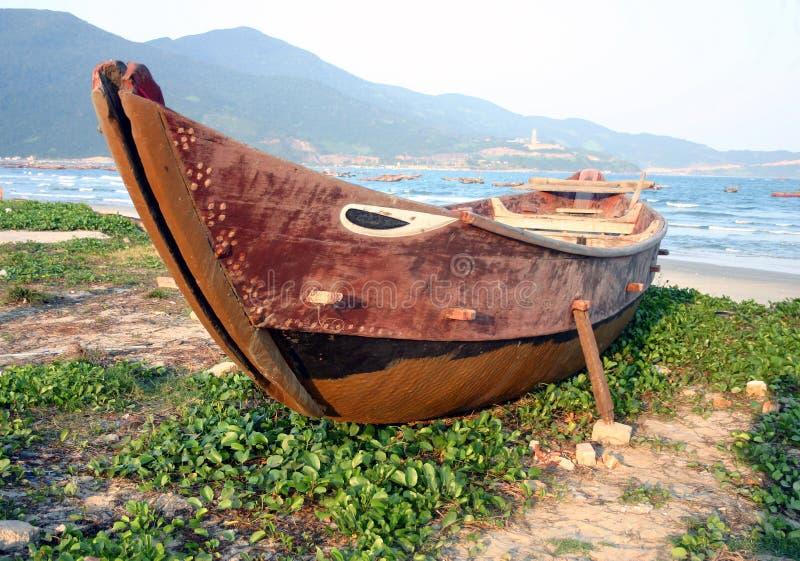 Barco de pesca - Danang, Vietnam fotos de archivo libres de regalías
