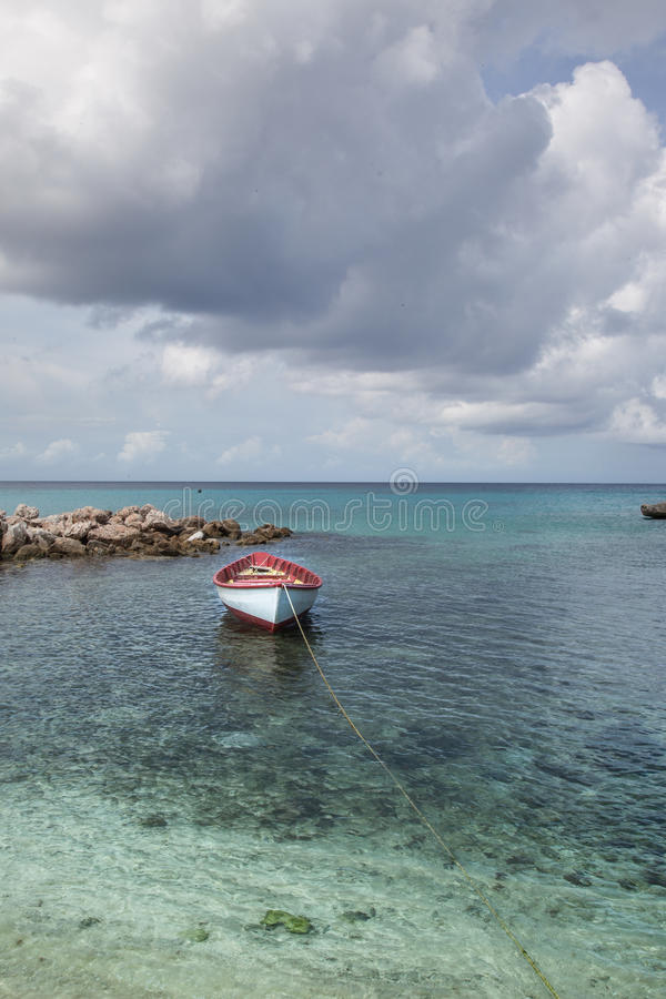 Barco de pesca de la playa de Daiboo fotografía de archivo libre de regalías