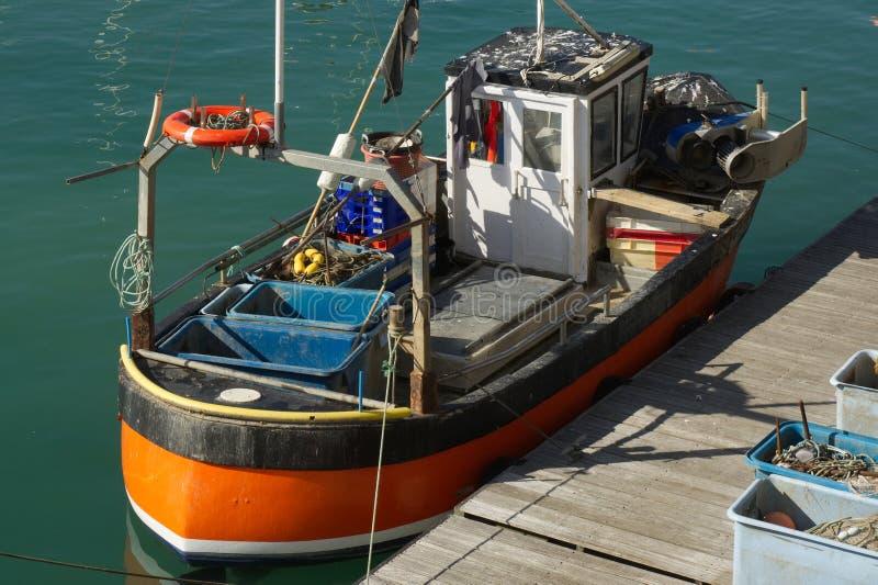 Barco de pesca en Brighton, Inglaterra imagen de archivo libre de regalías