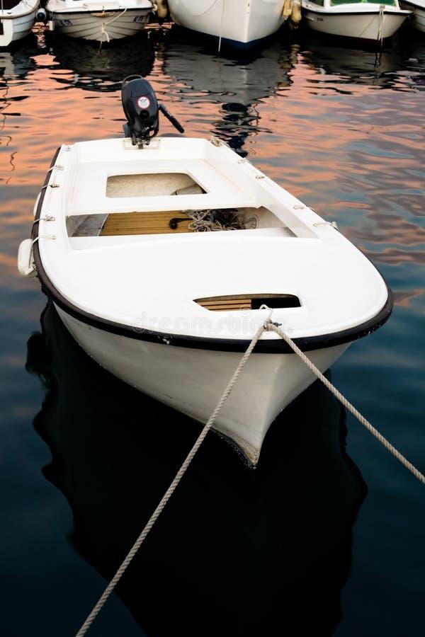 Barco de pesca entrado. foto de stock royalty free
