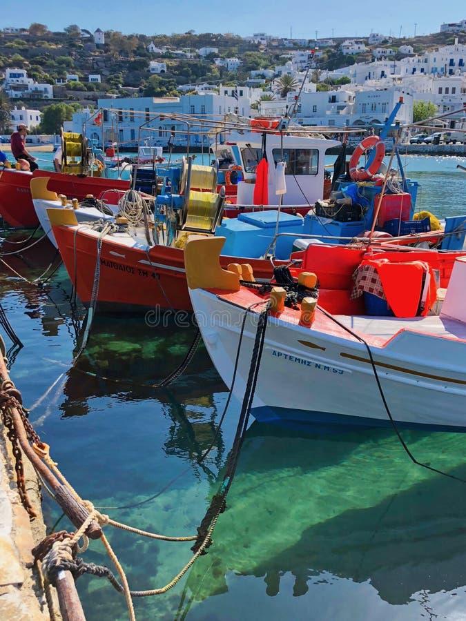Barco de pesca griego imágenes de archivo libres de regalías