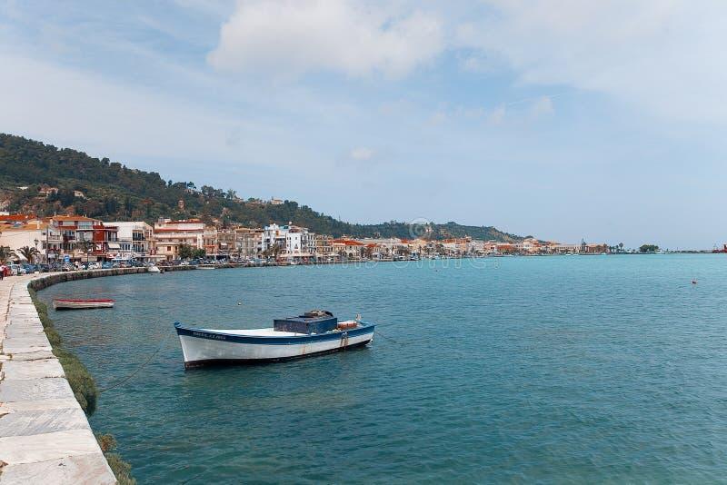Barco de pesca na cidade de Zante fotografia de stock royalty free