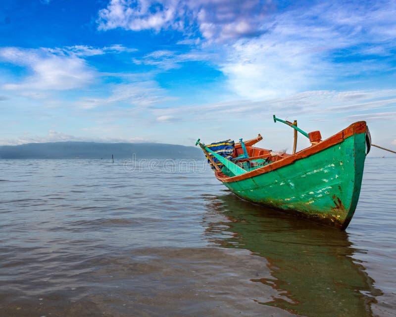 Barco de pesca de Phu Quoc fotos de stock