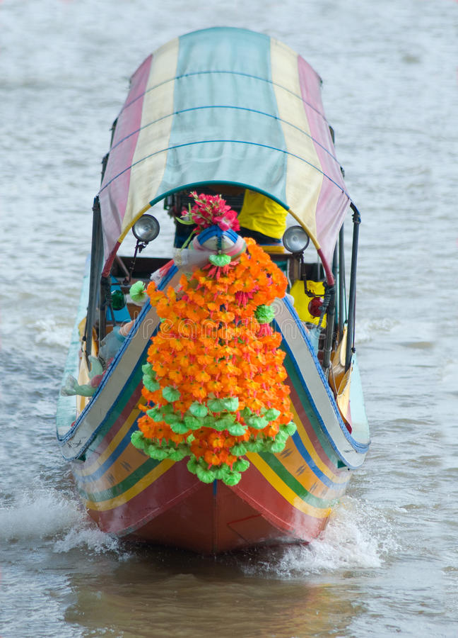 Barco de rio em Banguecoque, Tailândia fotografia de stock royalty free