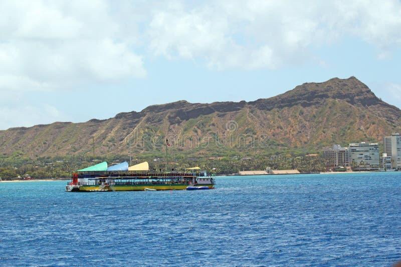 Barco de turista das lições do mergulho foto de stock