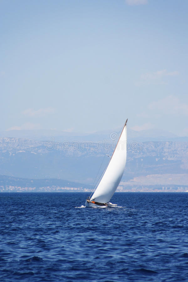 Barco de vela fotografía de archivo