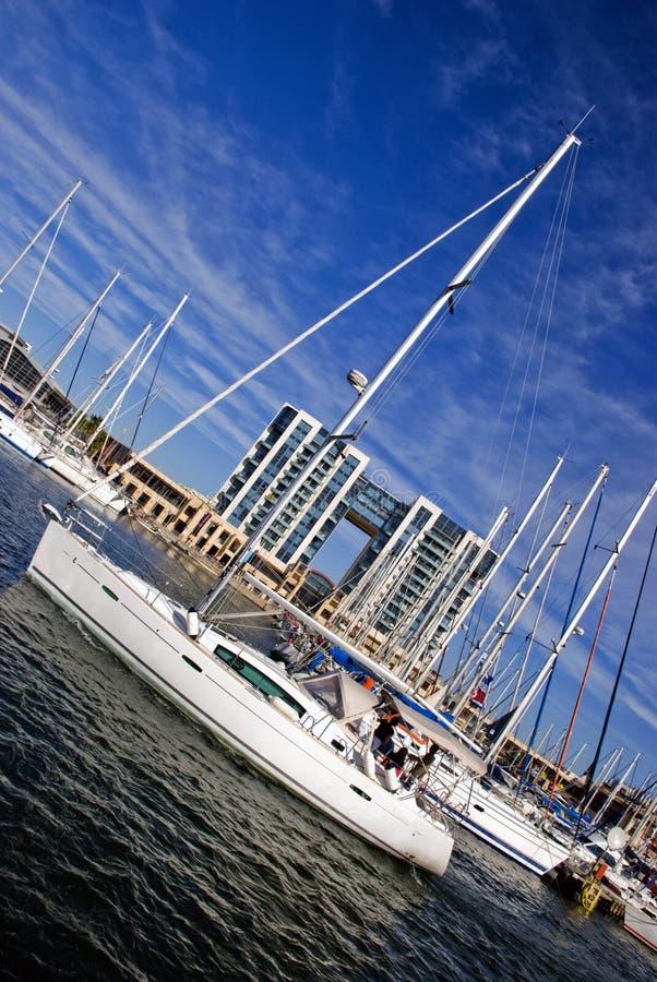 Download Barco de vela foto de archivo. Imagen de potencia, nautical - 7283684