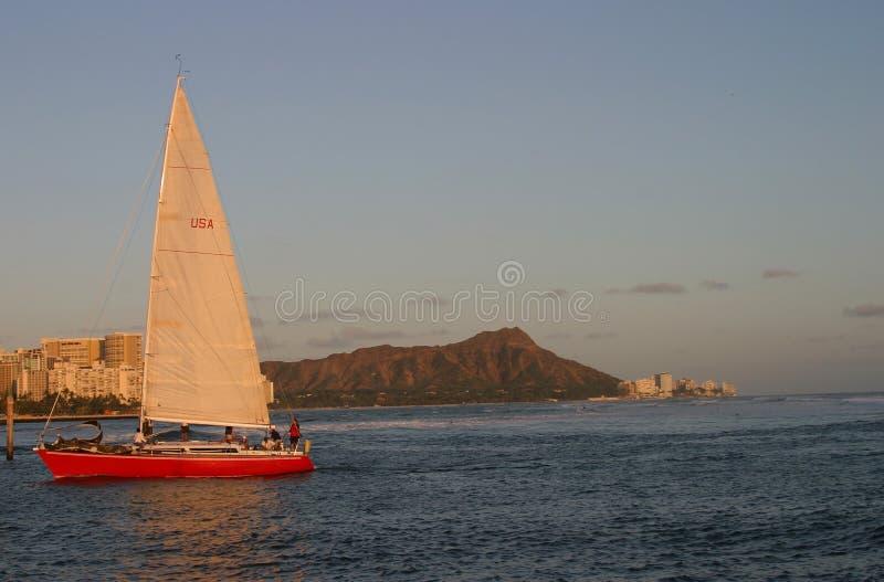 Barco de vela en Waikiki imágenes de archivo libres de regalías