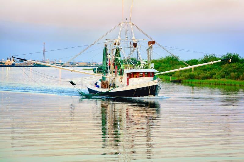 Barco del camarón de Luisiana fotos de archivo