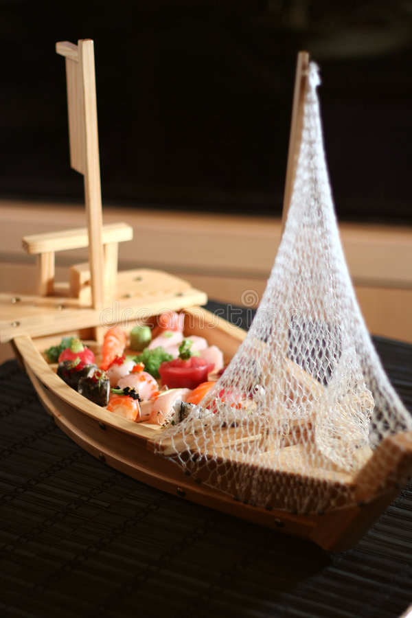 Barco del sushi foto de archivo libre de regalías