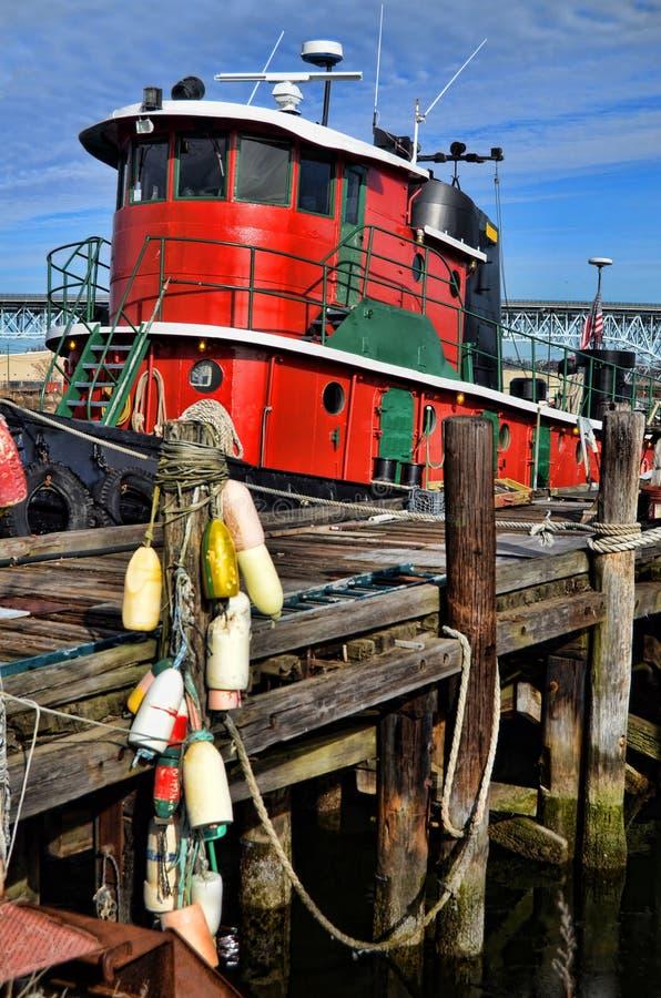 Barco del tirón fotografía de archivo libre de regalías