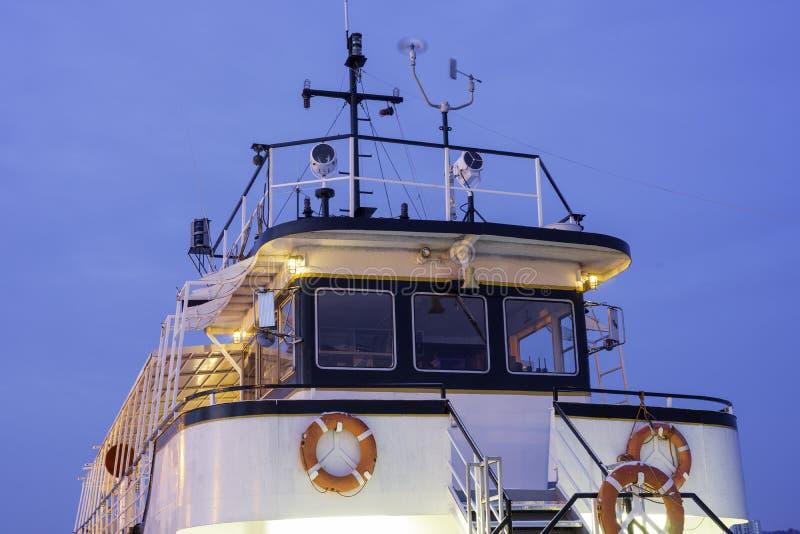 Barco del viaje del vintage, vista del top que brilla intensamente en luz de la madrugada fotografía de archivo libre de regalías