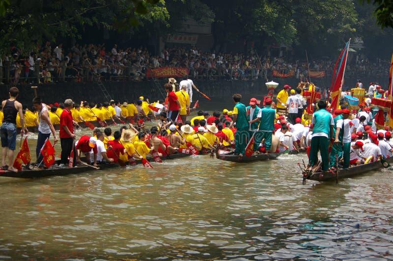 Barco do dragão em Guangzhou fotos de stock royalty free
