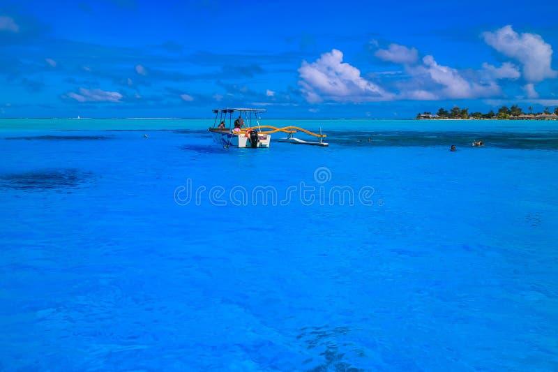 Barco em Bora Bora fotografia de stock