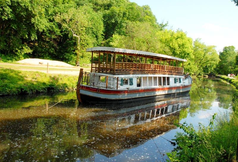 Barco em grandes quedas Maryland fotografia de stock
