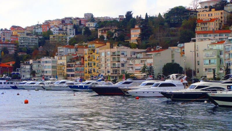 Barco en Bosphours Istabul foto de archivo libre de regalías