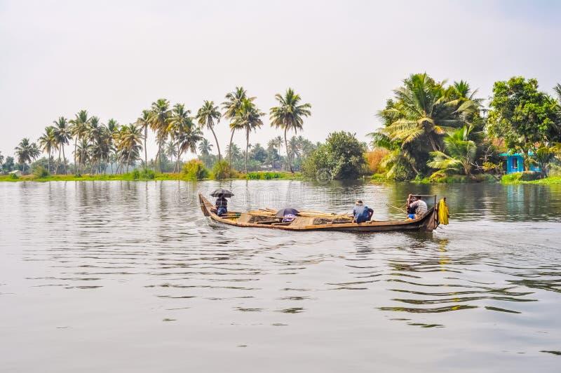 Barco en el lago en Kerala fotos de archivo libres de regalías