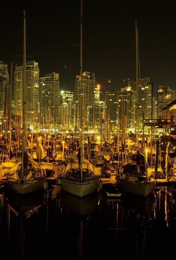 Barco en el puerto Vancouver, Canadá imagen de archivo