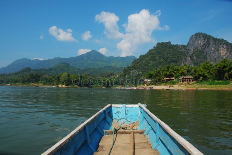Barco en Laos fotos de archivo