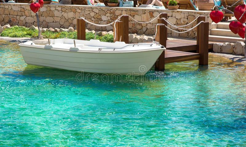 Barco en los muelles fotos de archivo