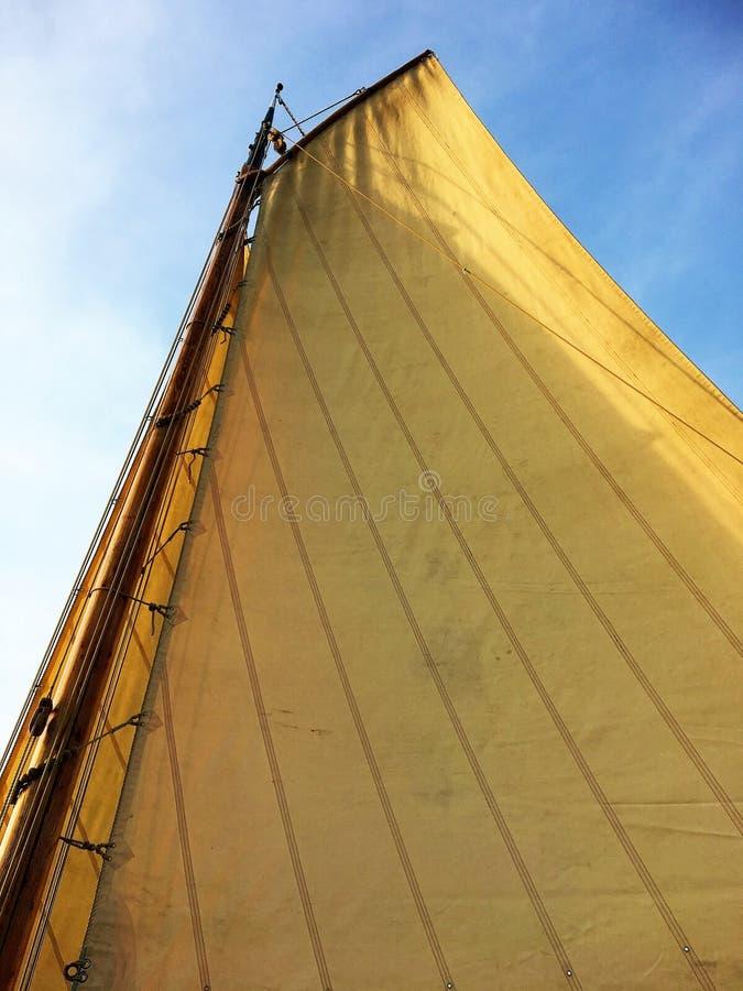 Barco holandês histórico dos fishermans fotografia de stock