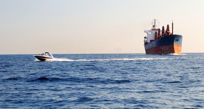 Barco industrial e da velocidade imagens de stock royalty free
