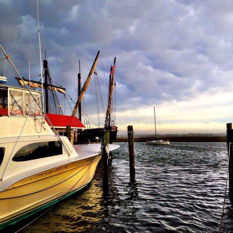 Barco norte de Carolina Morning dos bancos exteriores imagem de stock royalty free