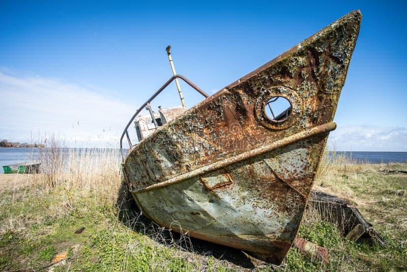 Barco oxidado fotografia de stock royalty free