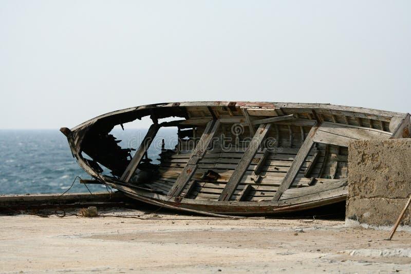 Barco quebrado fotografia de stock royalty free