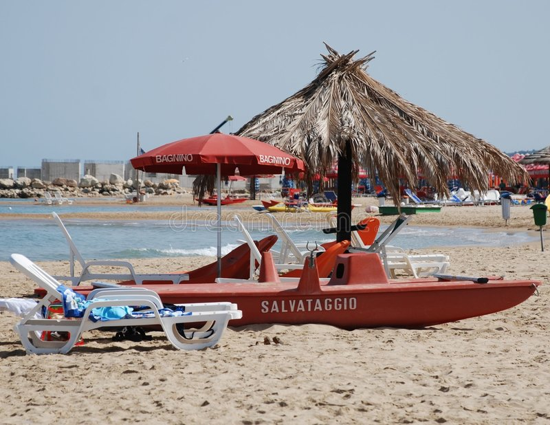 Barco salva-vidas, Abruzzo imagem de stock royalty free