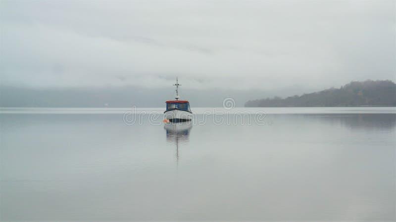 Barco solitario fotografía de archivo