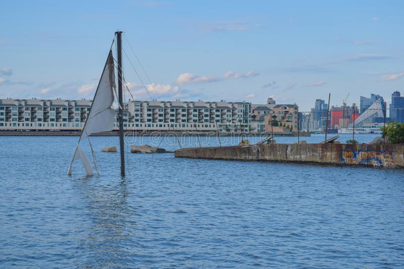 Barco Sunken imagen de archivo libre de regalías