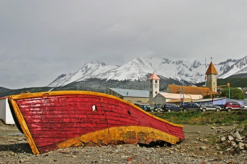 Barco velho em Ushuaia, Tierra del Fuego imagem de stock