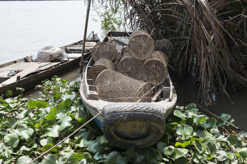 Barco vietnamiano dos pescadores, Mekong River, Vietname foto de stock royalty free